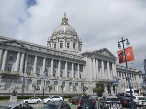 City Hall & Lincoln Monument (u.l.)