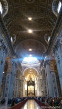 Innen im Petersdom