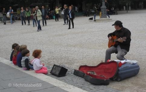 Musiker und seine Fans