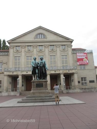 Weimar, Theater mit Goethe und Schiller