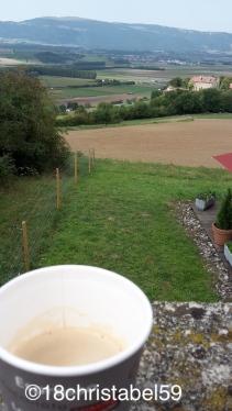 Kaffeepause kurz vor der frz. Grenze