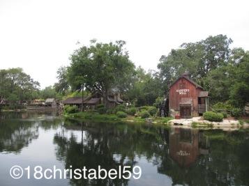 Disney's Magic Kingdom, Huckleberry Finn Island